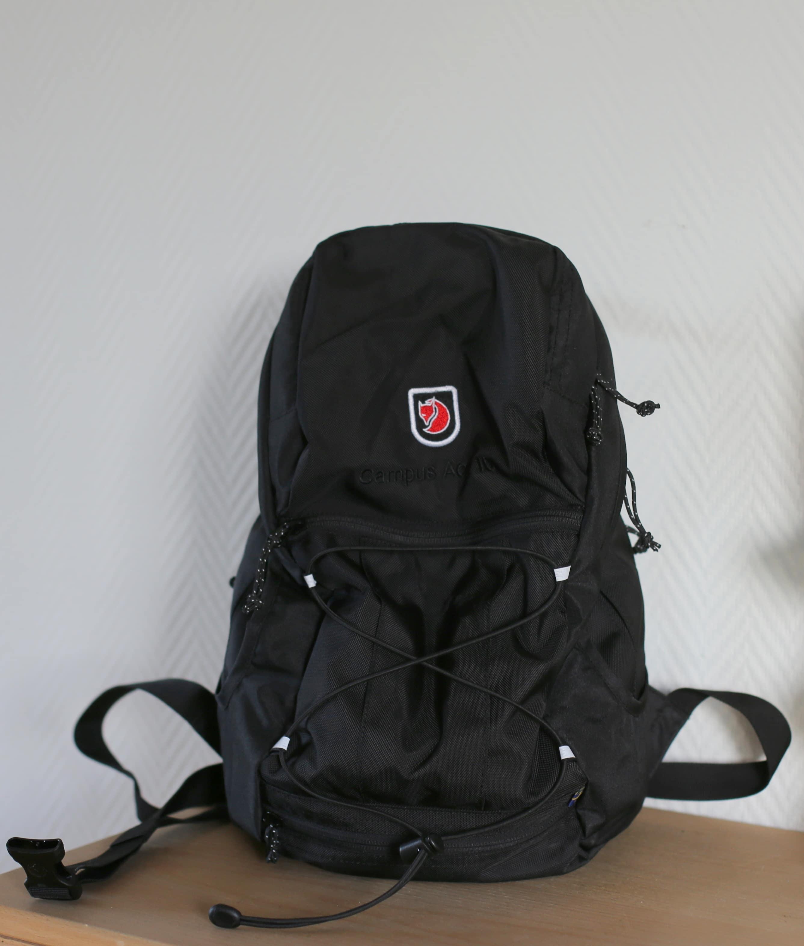 rygsæk foran