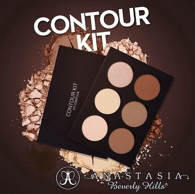 Sådan snyder man sig til høje kindben med Anastasia Beverly Hills contour kit