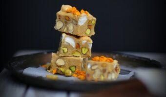 Rocky road karamel fudge med havtorn