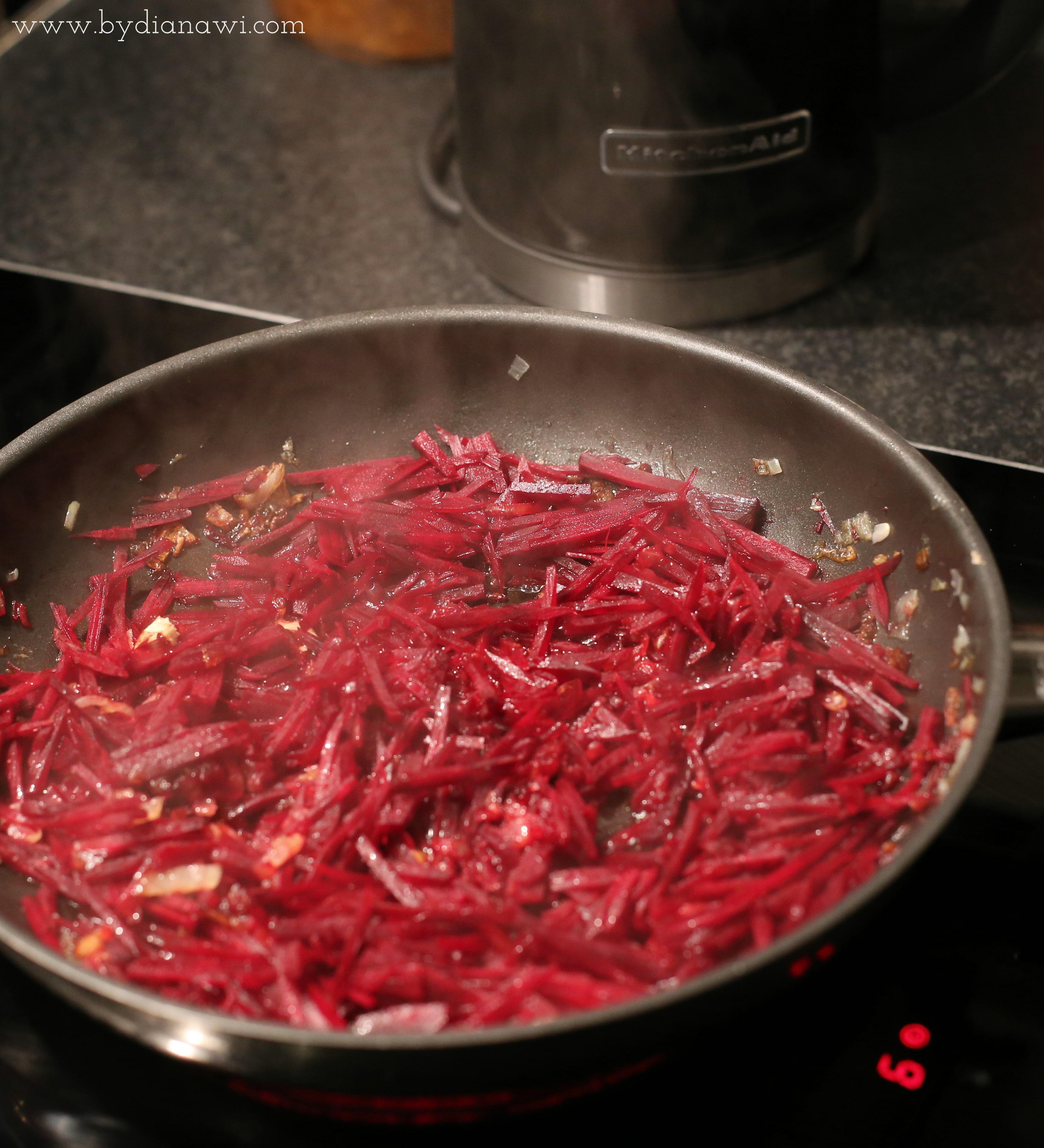 russisk borsch suppe opskrift, rødbedesuppe, vintermad