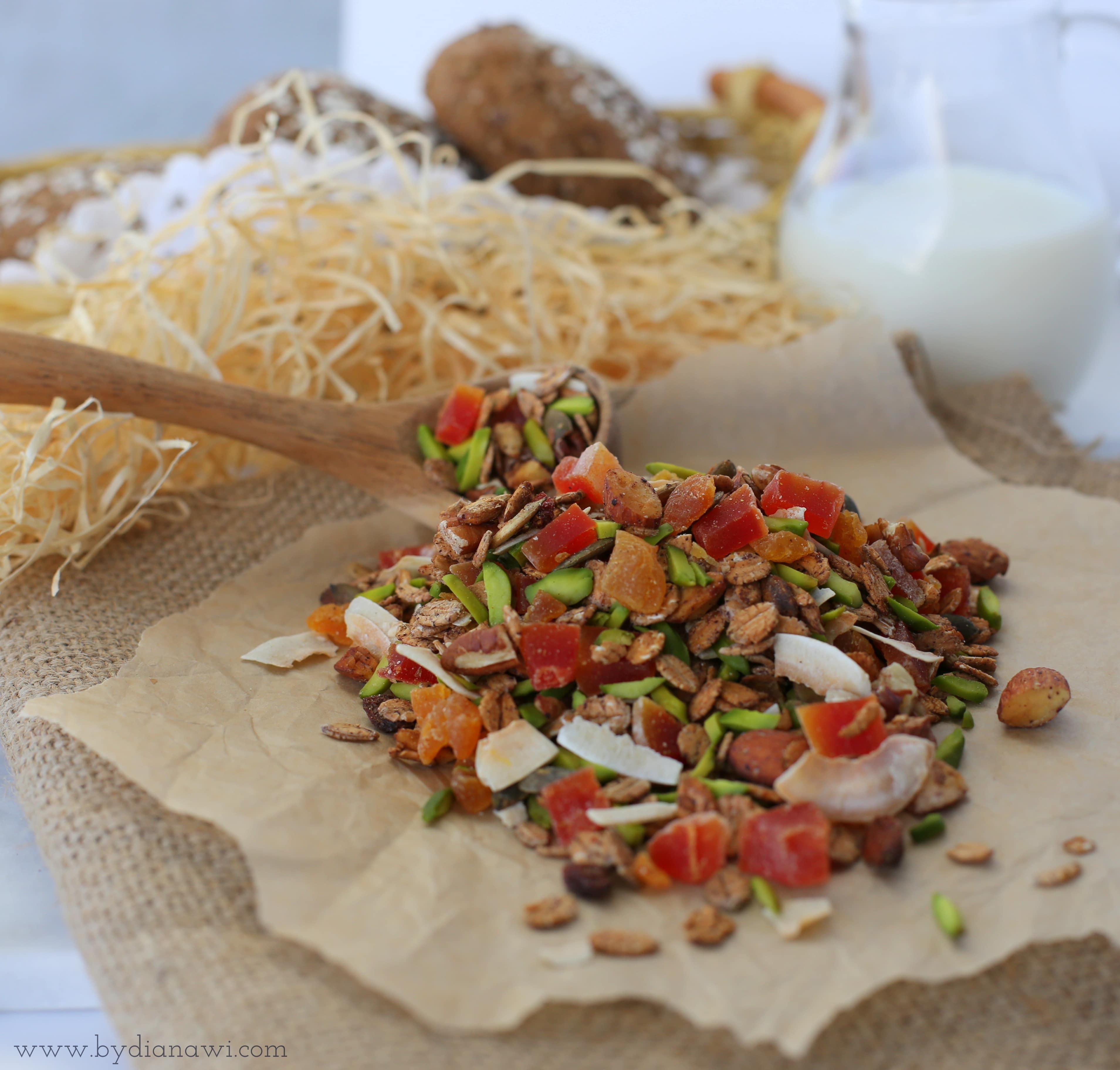 hjemmelavet granola opskrift med kæmpenatlysolie, livets olie, oil of life