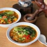 Karrysuppe med kylling, portobellosvampe og Bok Choy