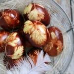 DIY: Påskeæg med rødløgsskaller