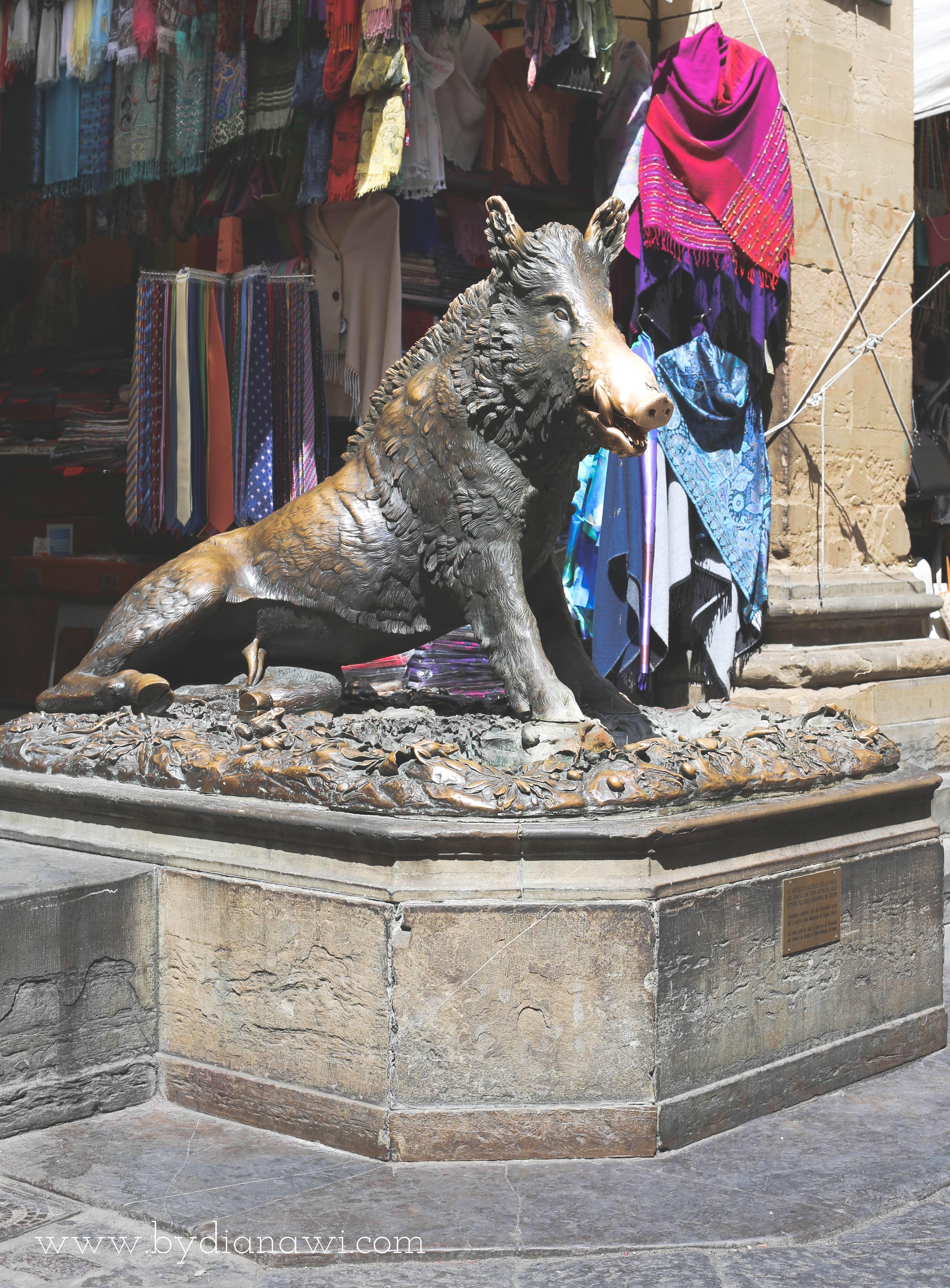 Det Nye Marked med Bronzevildsvinet, Firenze, Italien
