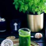 Basilikumolie – perfekt til tapas, suppe og hjemmelavede croutoner