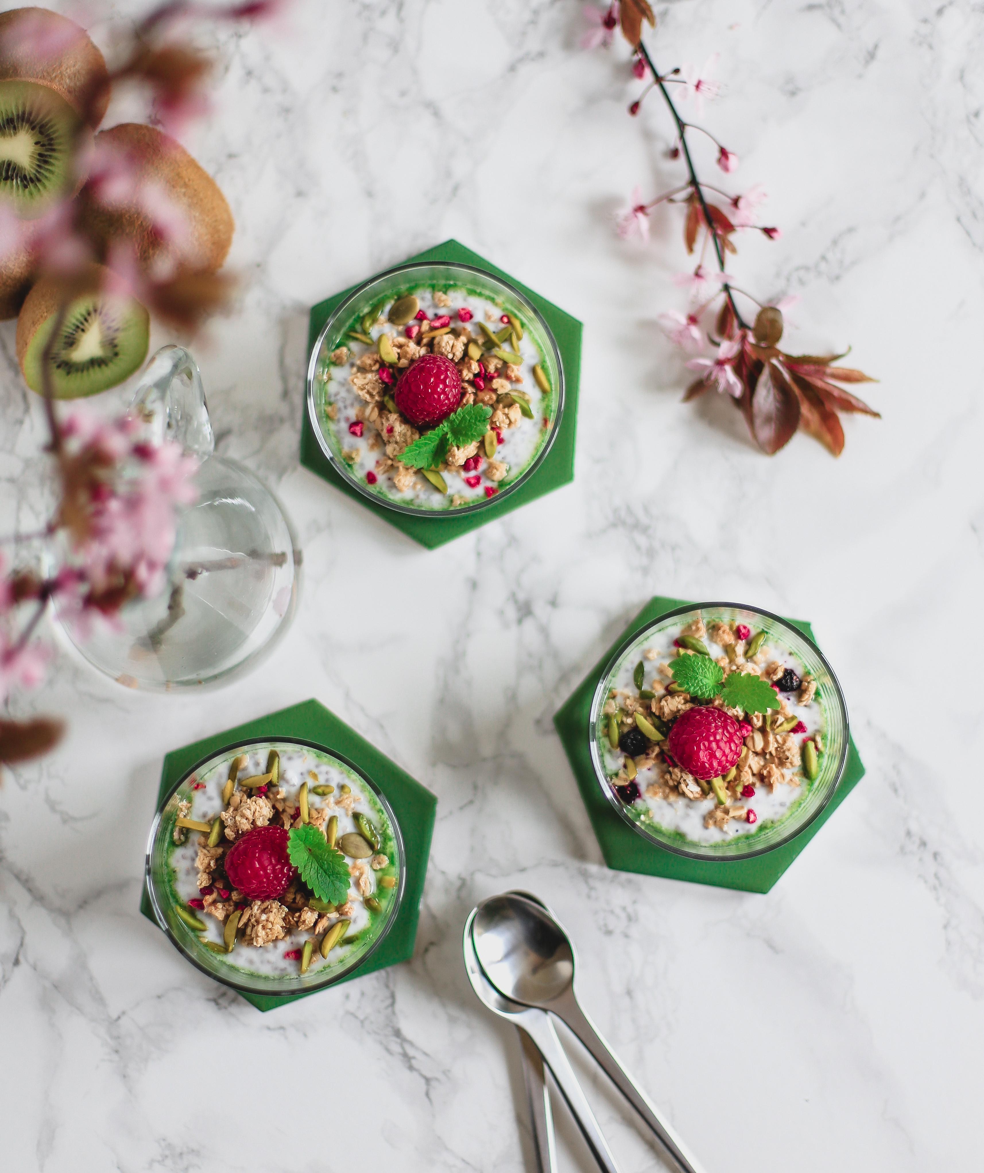 sund mellemmåltid, sund dessert, chiagrød med kiwi