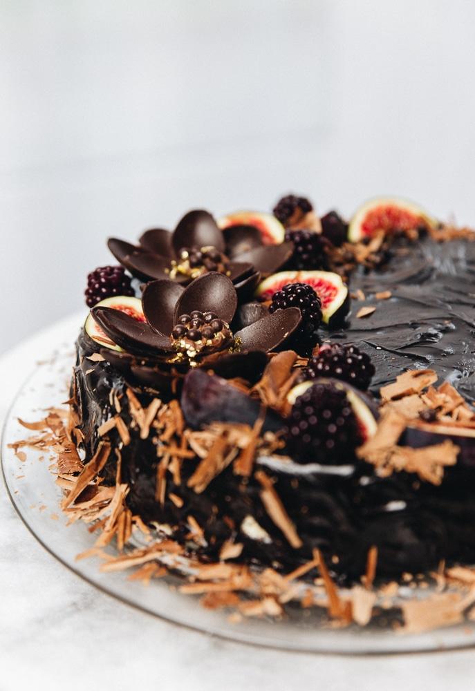 mælkesnitter kage opskrift, chokoladekage til fest