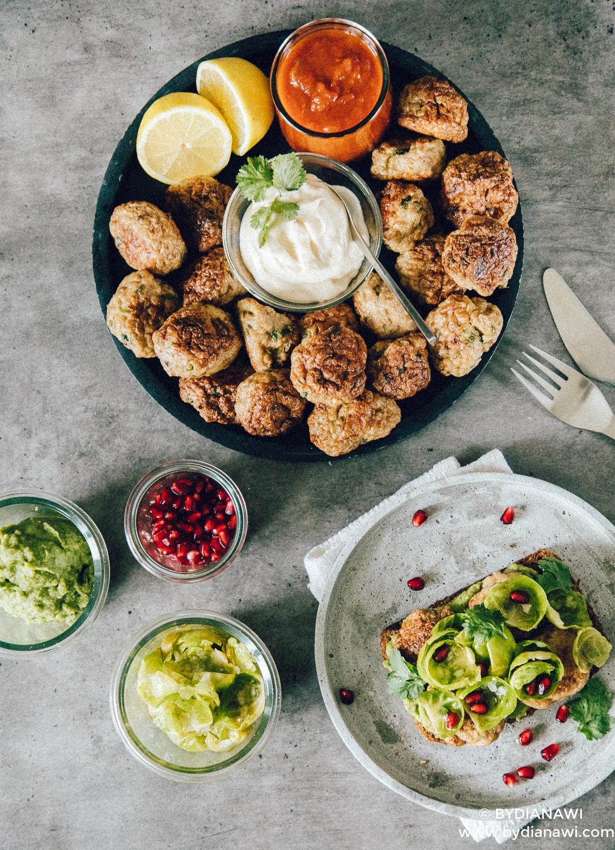 kyllingefrikadeller i ovn, tandoori kylling, sunde frikadeller