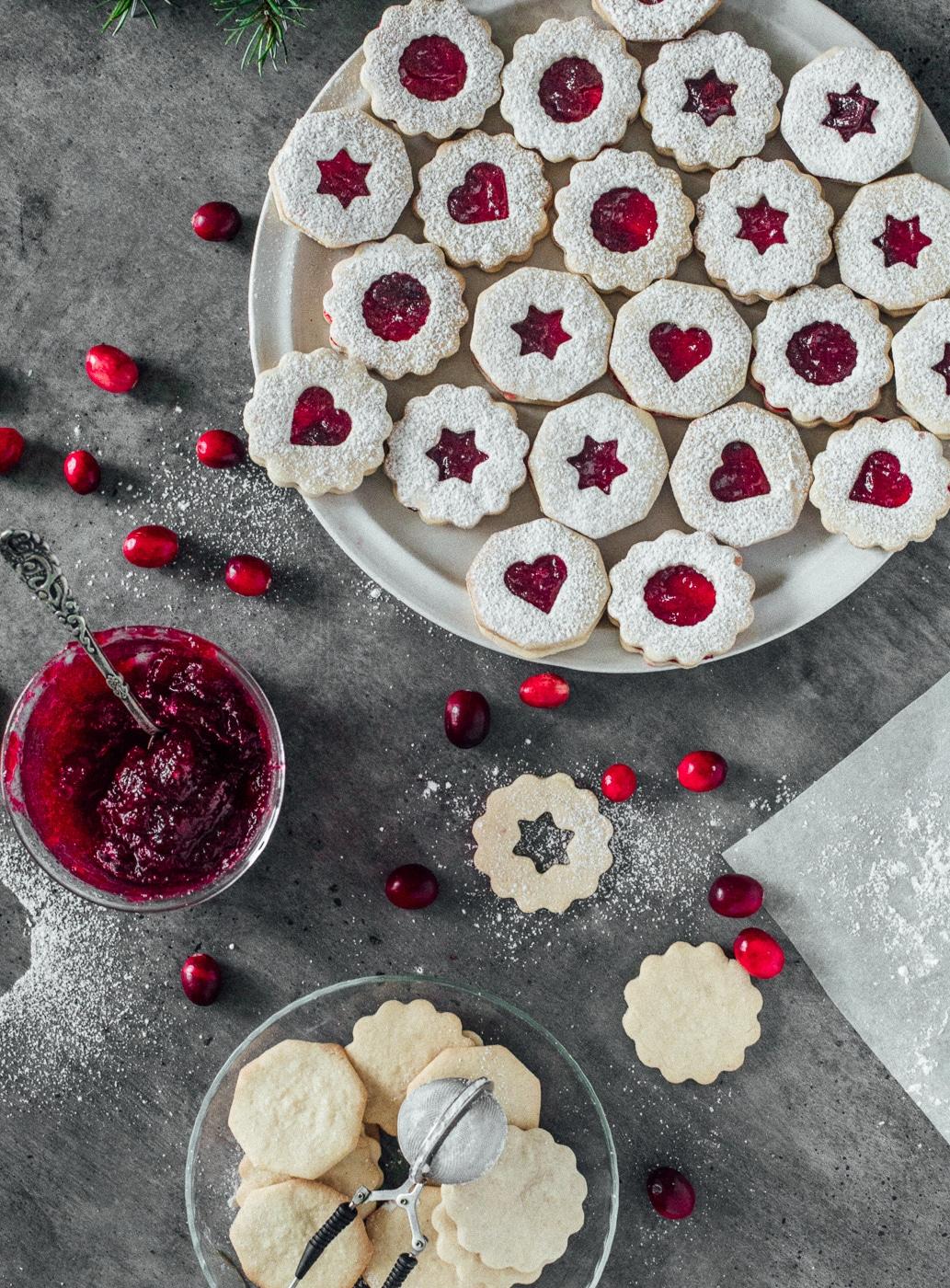 julesmåkager, småkagedej, hjemmelavet tranebær marmelade