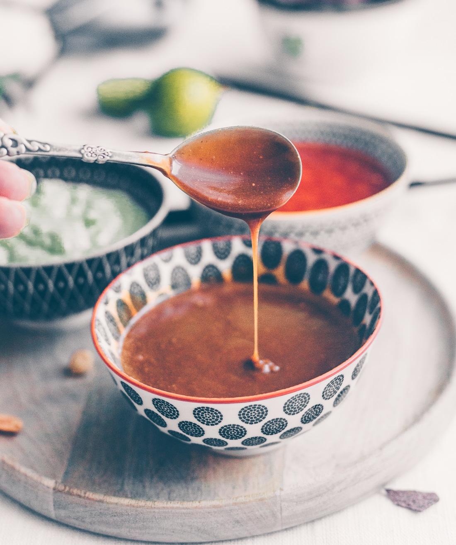 vietnamesiske forårsruller, hoisin sauce, edamame dip