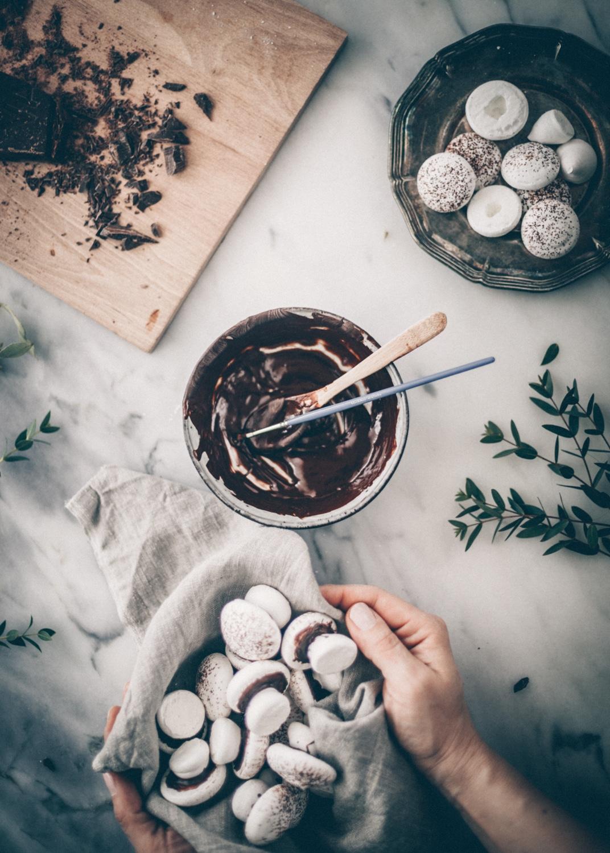 marengs, marengssvampe med chokolade