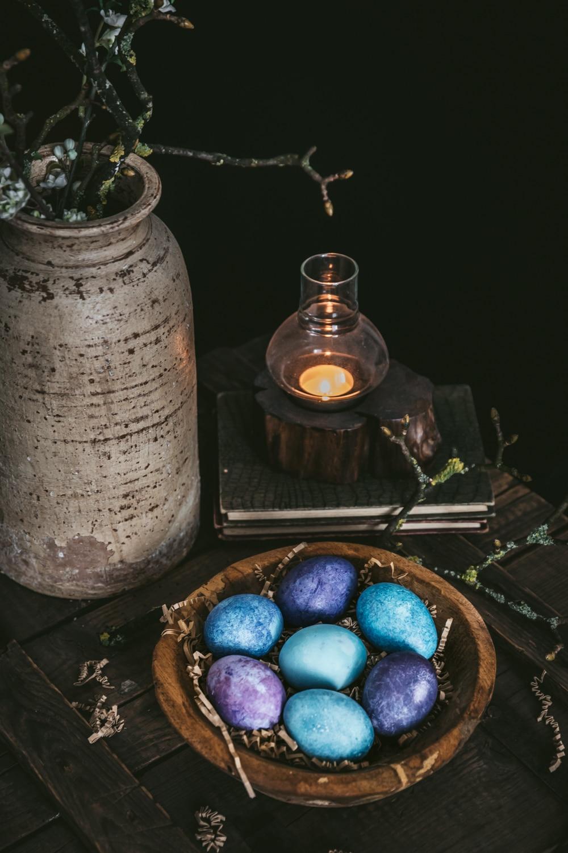 påskeæg, naturfarver til æg, påskefrokost, påskeferie