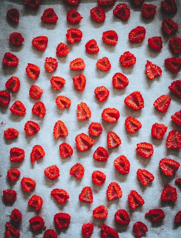 DIY hjemmelavet spiselig gave, hjemmelavet chokolade med bær